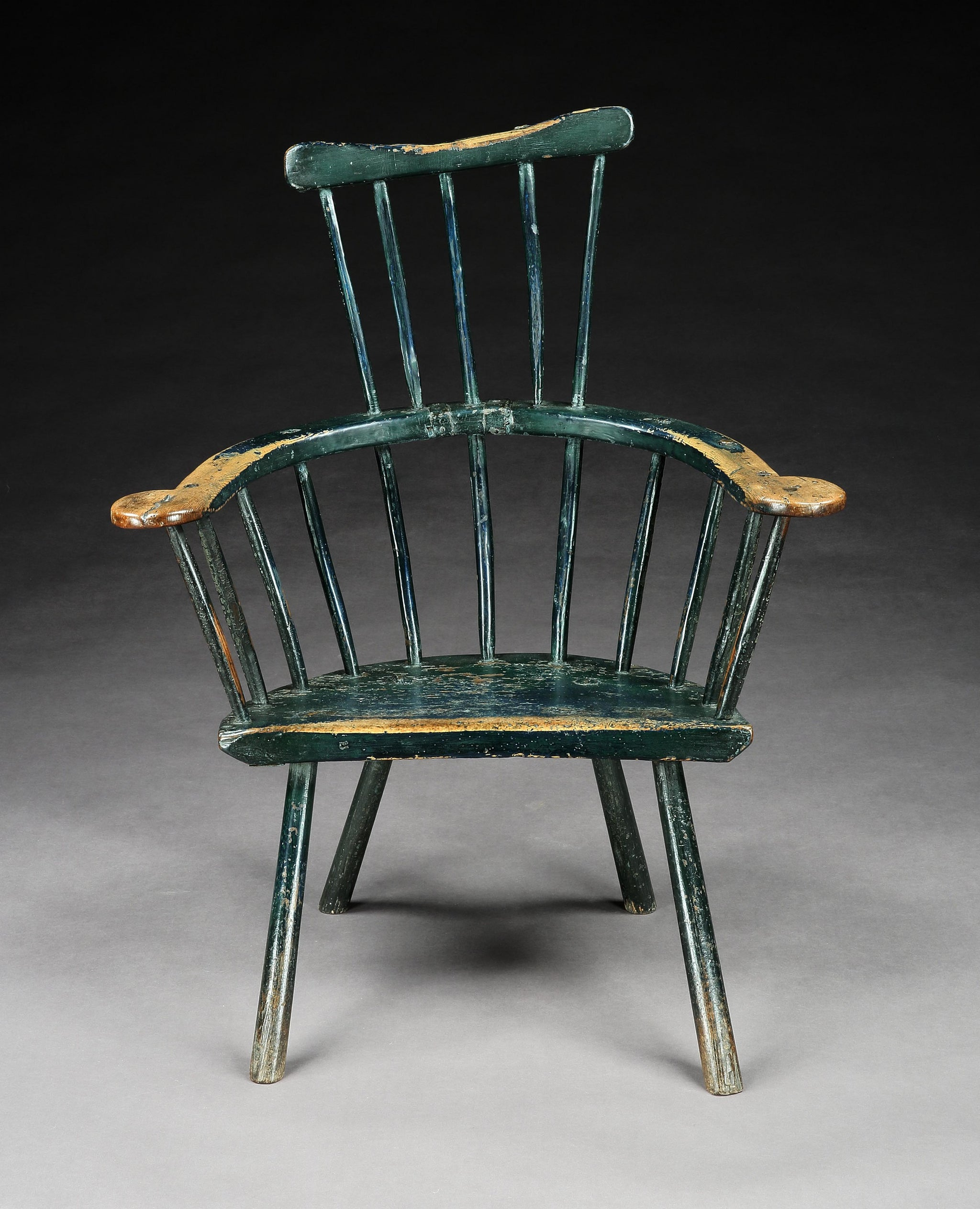 Exceptional Primitive Comb Back Windsor Armchair