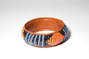SUKAI BEADED LEATHER BANGLE