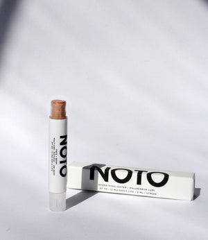 NOTO Botanics Hydra Highlighter Stick Natural Makeup for Cheeks Lips and Eyes