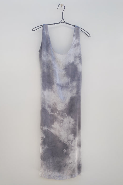 Low back dress: Cloud