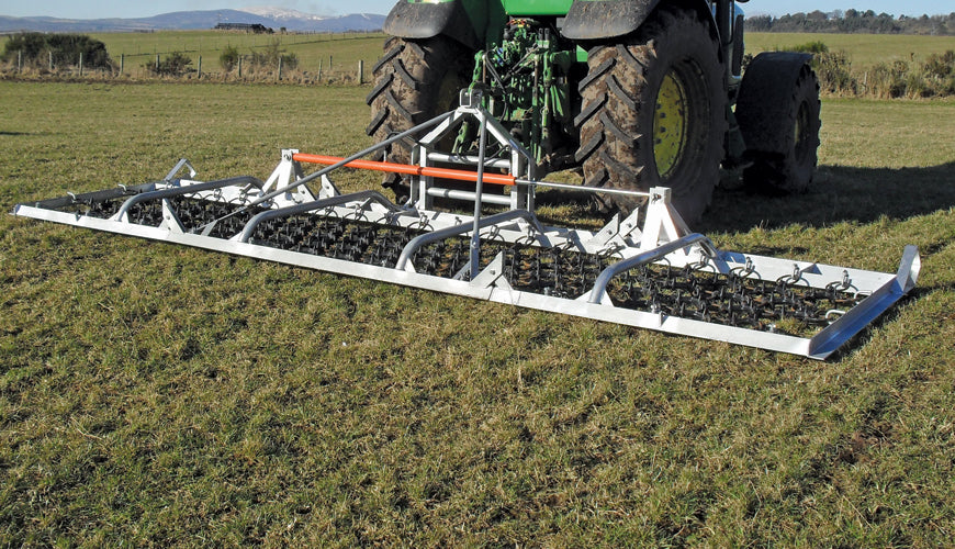 Ritchie Grassland Harrows - 6.0 m Hydraulic Folding