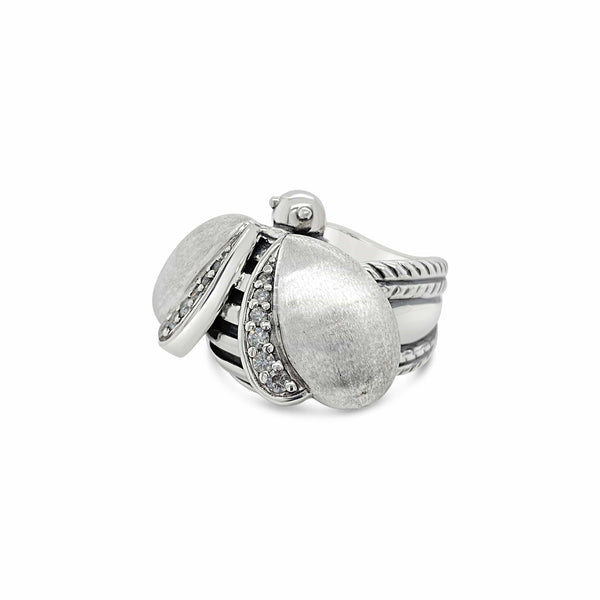 .925 bee diamond ring