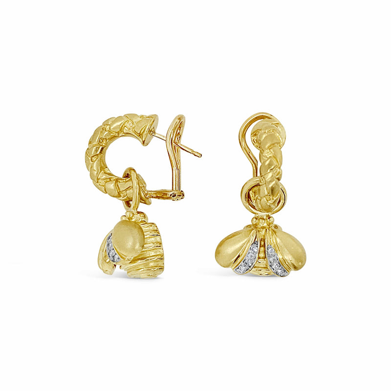 products/gold_diamond_hoop_earrings.jpg