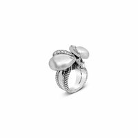 saint diamond bee ring