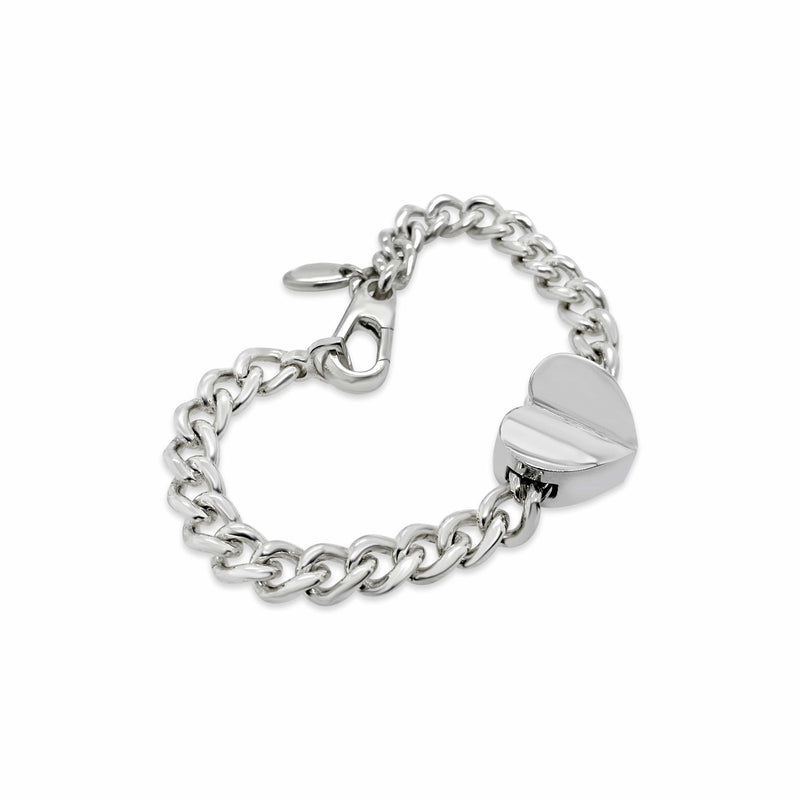 products/silver_bracelet_with_heart.jpg