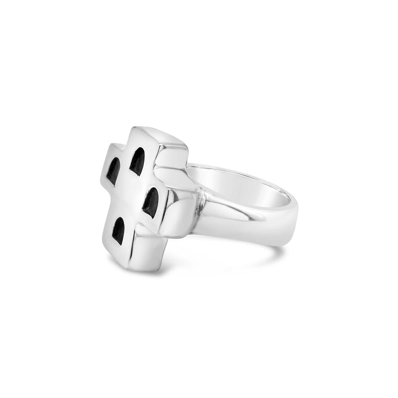 products/silver_cross_ring.jpg