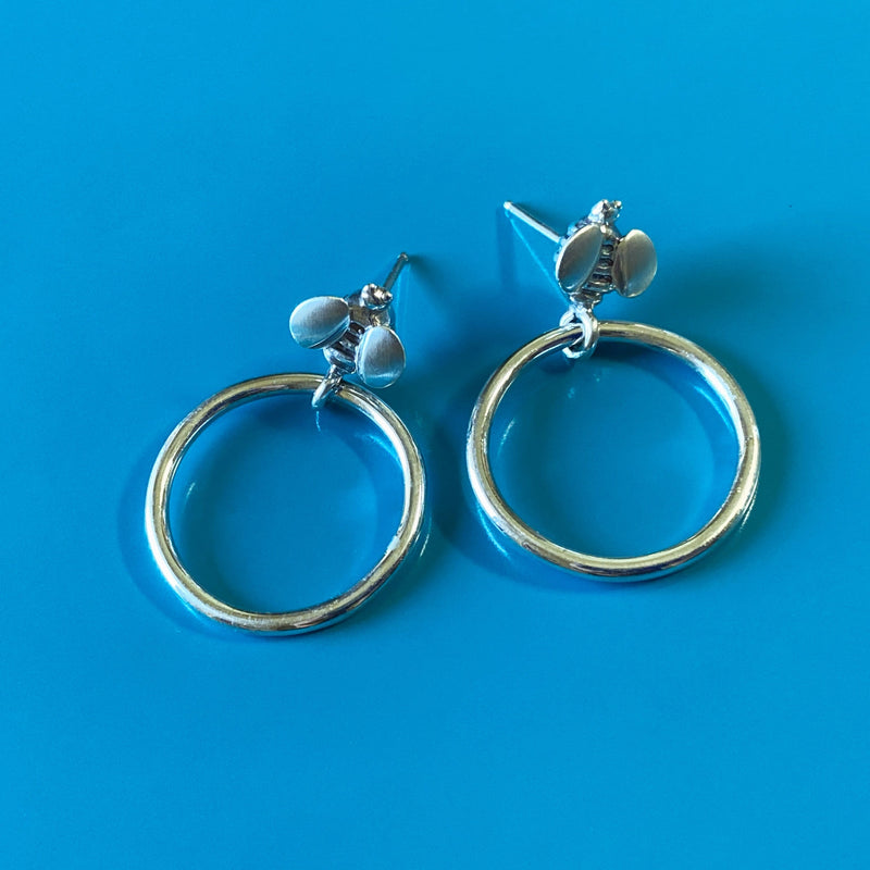 products/silver_hoop_earring.jpg