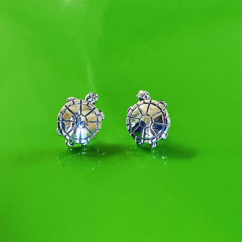 products/silver_turtle_earrings_studs.jpg