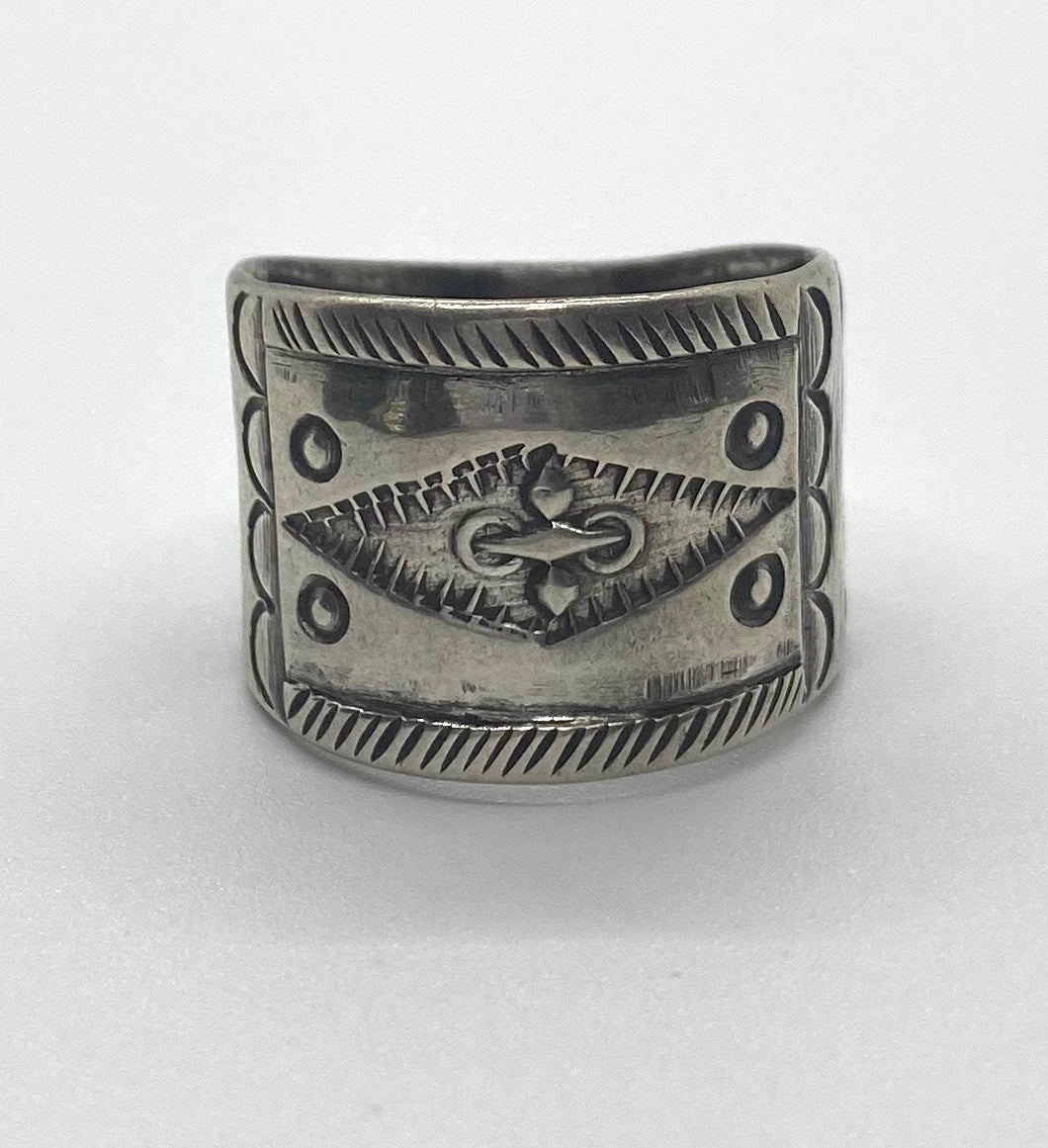 Jock Favour Cigar Band Ring