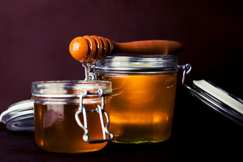honey as Natural acne scar treatment