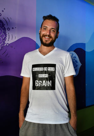 Believe in your Brain, T-Shirt: V-Neck, Regular Fit - Cosmic Hippos