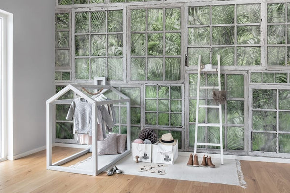 Jardin, White Window Frames