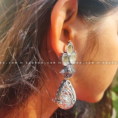 Oxidised White Stone Earring