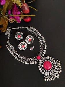 Pink Kolhapuri Necklace