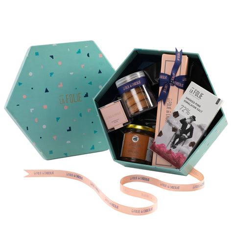 Chocolate hamper online