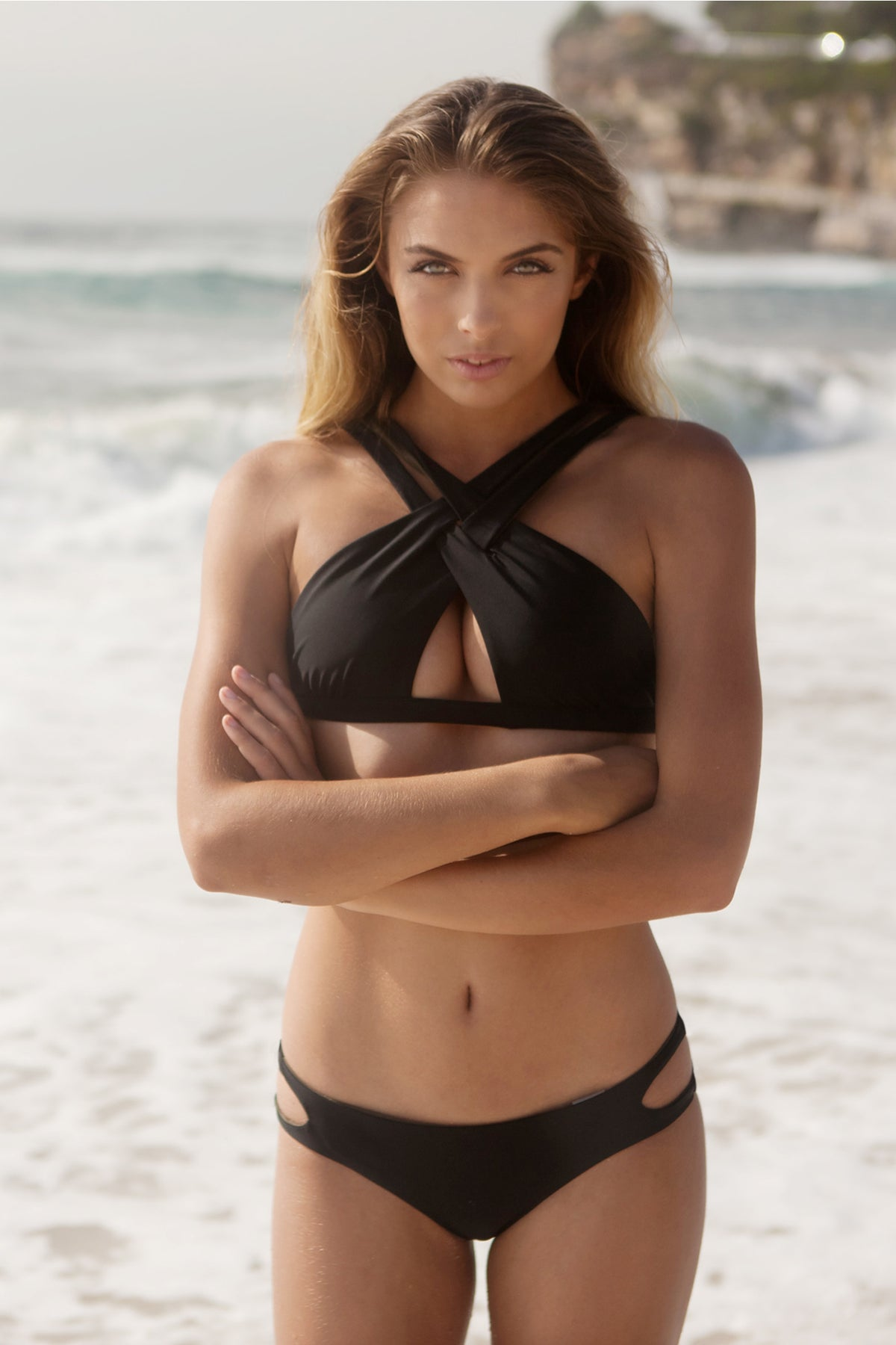 """Heidi"" Cross Over Reversible Bikini [Barcelona Black / Canadian Khaki]"