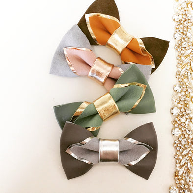 Pointed leather bow tie set