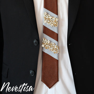 Brown cowhide genuine leather neck tie with dusty blue stripes and gold crystals, groomsmen formal wedding neck tie, crystal wedding ideas, boho groomsmen neck tie, groom neck tie set, prom brown neck tie boys, nevestica nevestisa design