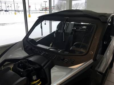 Full Laminated Glass Windshield with Slide Vent Can-Am Maverick X3
