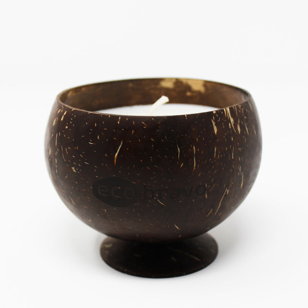 Round-Shaped Scented Soy Candle In Coconut Shell