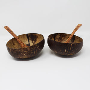 Natural Coconut Bowls with Light Spoons