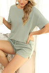 Conjunto Casual Short e Camiseta Knit