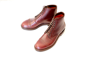 #15068 CAP TOE LACE UP BOOTS BURGUNDY