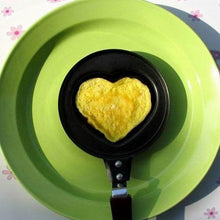 Load image into Gallery viewer, Heart Shaped Mini Egg Pan
