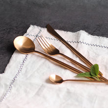Load image into Gallery viewer, Vintage Cutlery Set (24pcs)
