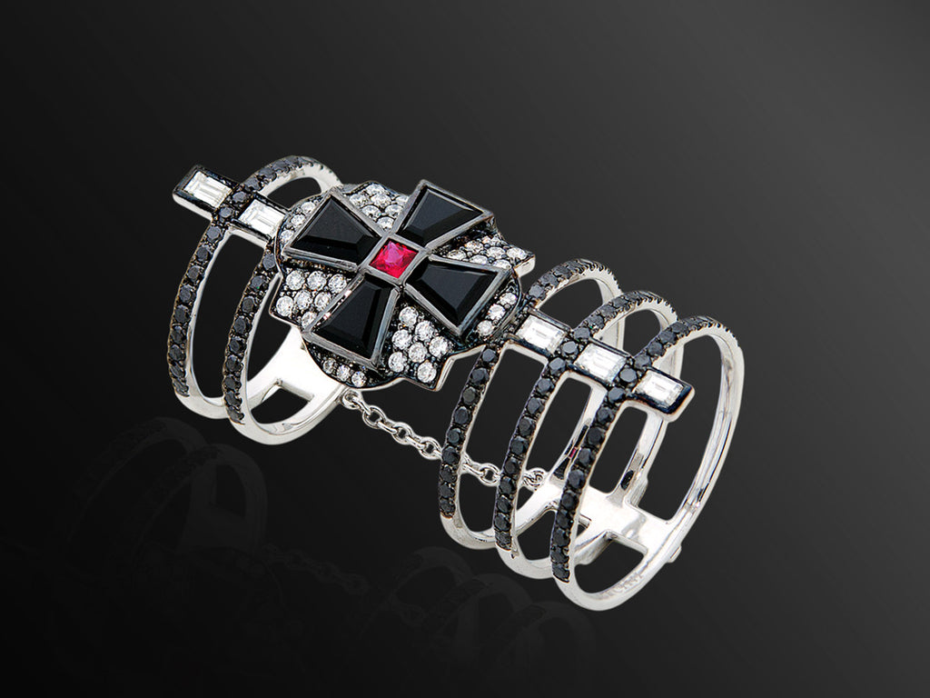 Linee Misteriose Maltese Cross Ring in White Gold