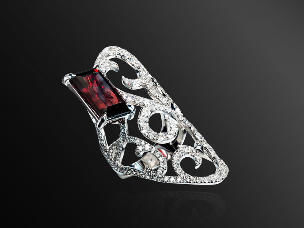 Jaipur Diamond and Garnet Ring