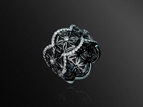 Semiramis Mini Ring in Black Gold