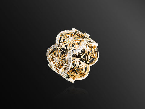 Semiramis Mini Ring in Yellow Gold