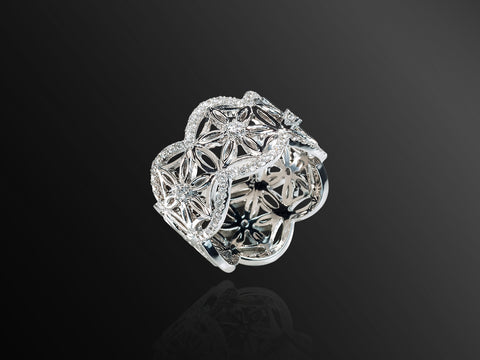 Semiramis Mini Ring in White Gold
