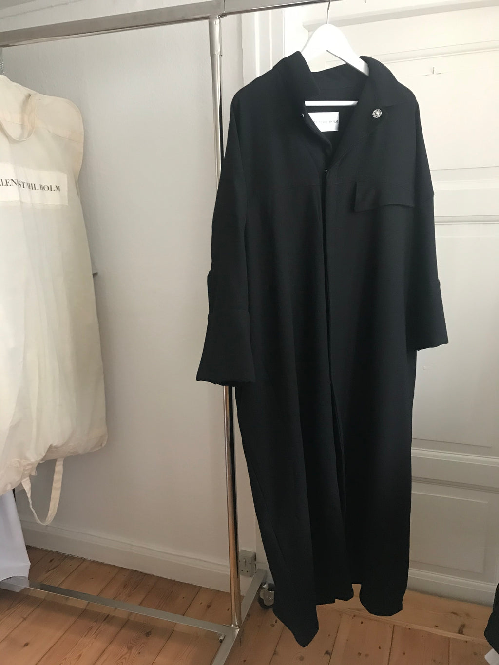 The Coat - Black wool