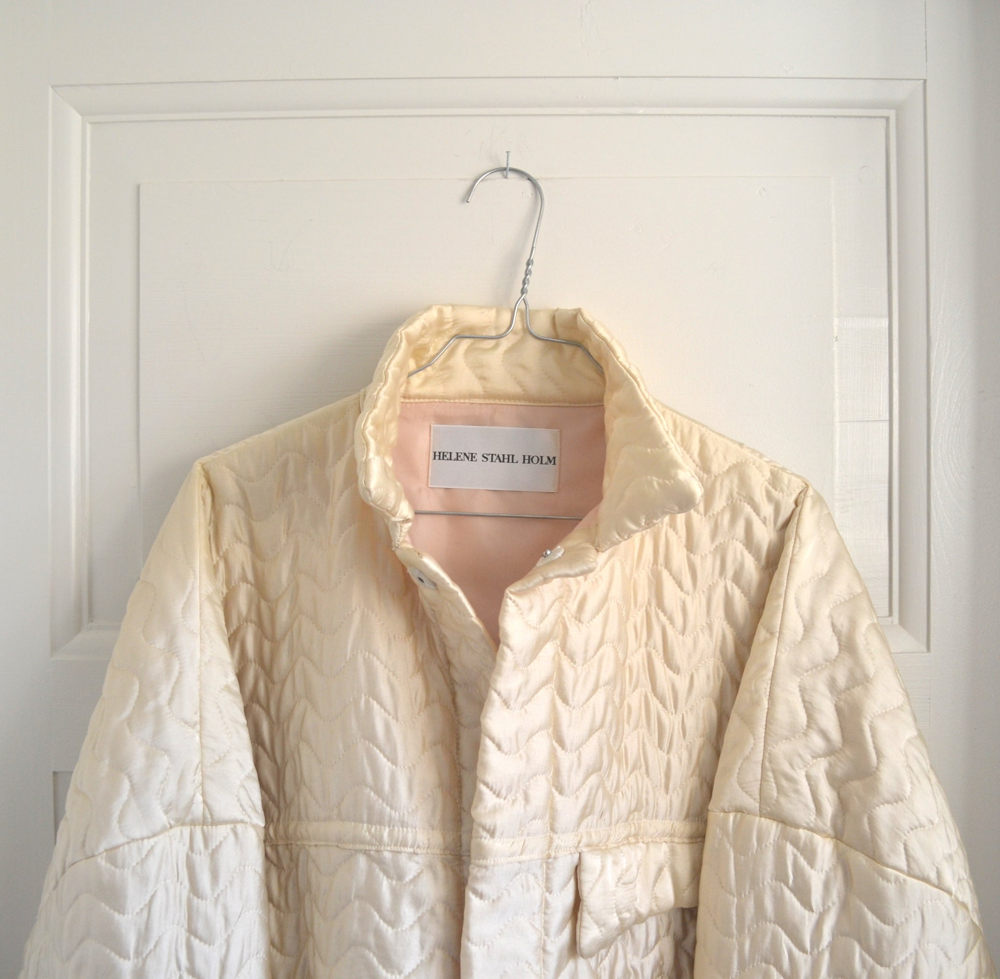 The Jacket - Mother of pearl Silk