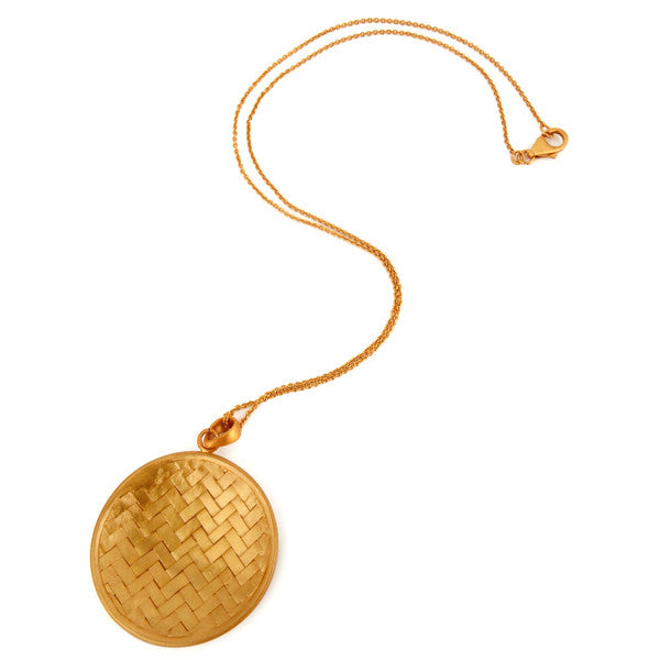 Rattan Pendant in Painted Gold