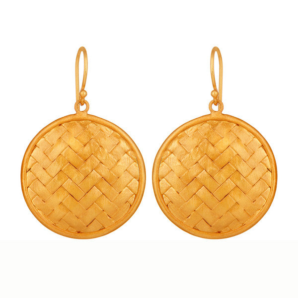 Petite Rattan Earrings in Painted Gold