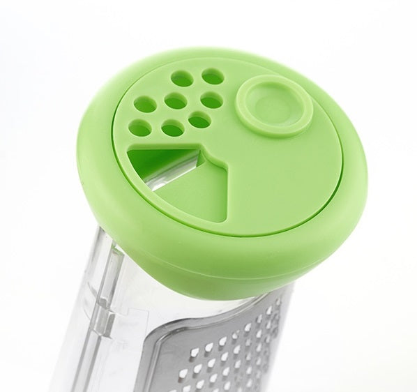 3 in 1 Grater 3 in 1 Grater with Container - siopashop.ie