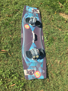 Airush Apex 138 twin tip - used in good condition