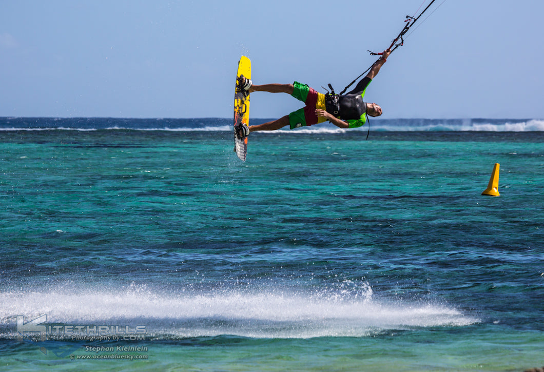 Kitesurf Mauritius 2020 - 2 weeks, Twin share adults standard, one non-kiter.