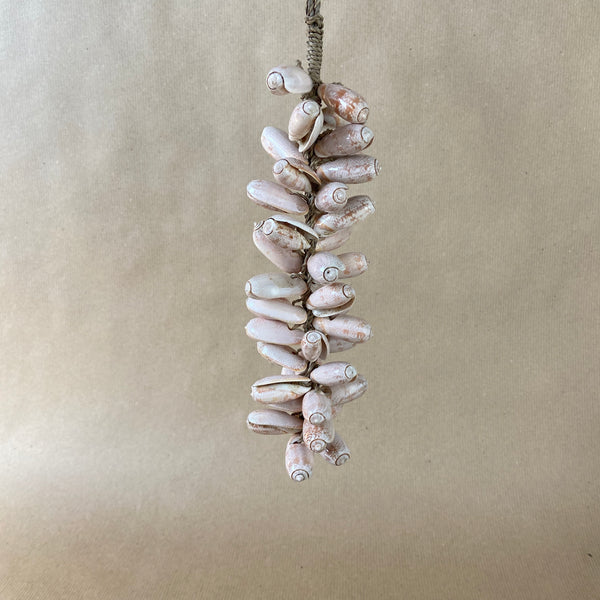 Rose Shell Tassel