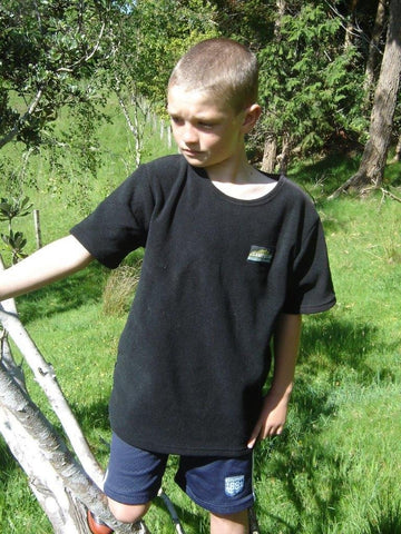 Kids Black fleece tee for outdoors and hunting
