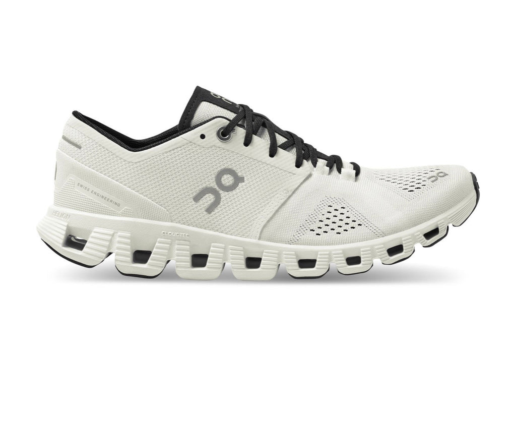 Women's On Running Cloud X White/Black