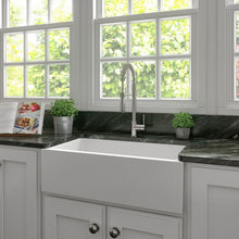 Load image into Gallery viewer, ZLINE Venice Farmhouse Reversible Fireclay Sink in White Matte FRC5131-WM-33