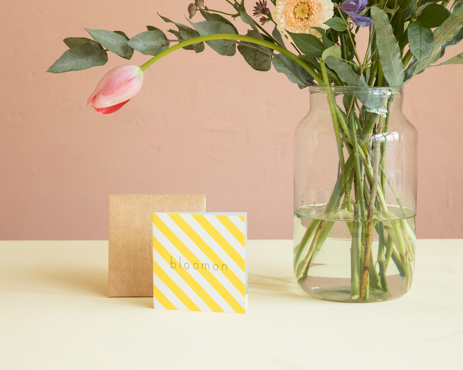 04.-Luxuriously-wrapped-giftcard