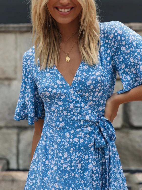 Short-sleeve V-neck floral midi dress