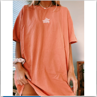 Women Turtle Embroidery Loose T-shirt