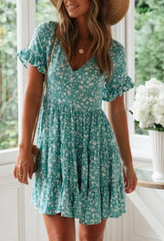 Women V-neck small floral pleated dress