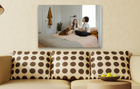 Create candid photos on canvas prints